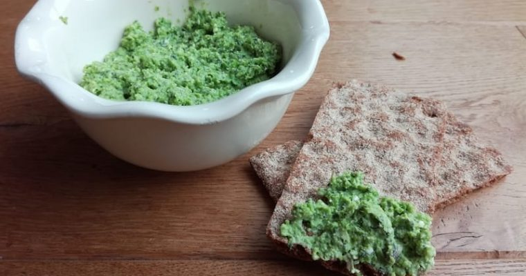 Low-Fodmap Pea and Feta Vegetable Spread